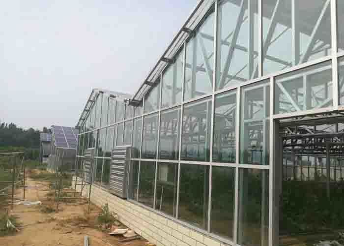 Open Area Solar PV System 30KW Glass Cover Material 8 - 12 M Span CE Certification